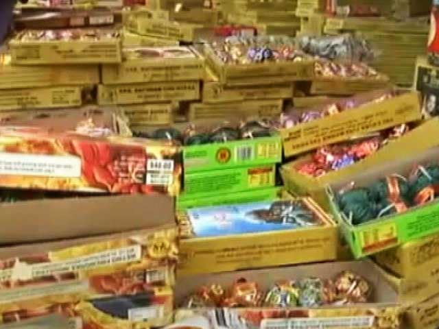 Video : To Tackle Air Pollution, Top Court For Suspension Of Fire Cracker Licenses