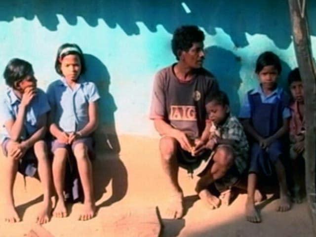 Videos : नोटबंदी : नक्सल प्रभावित इलाकों में कई लोगों का बैंक में खाता भी नहीं