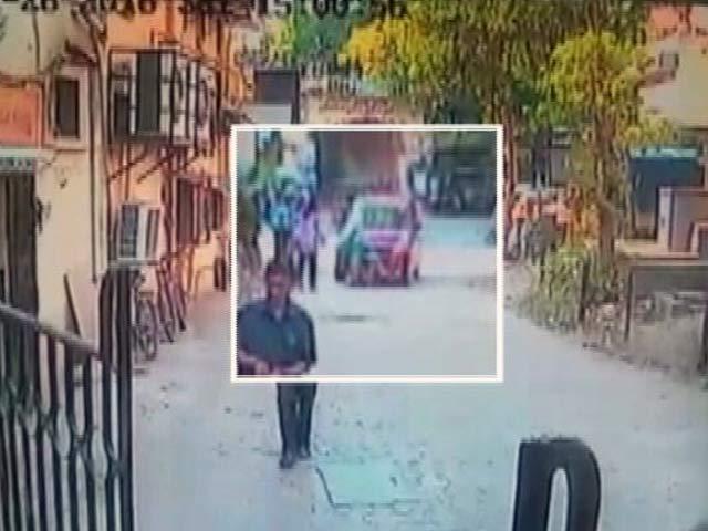 Video : Caught On Camera: Speeding Car Hits 2 Children Near Mumbai, Driver Arrested