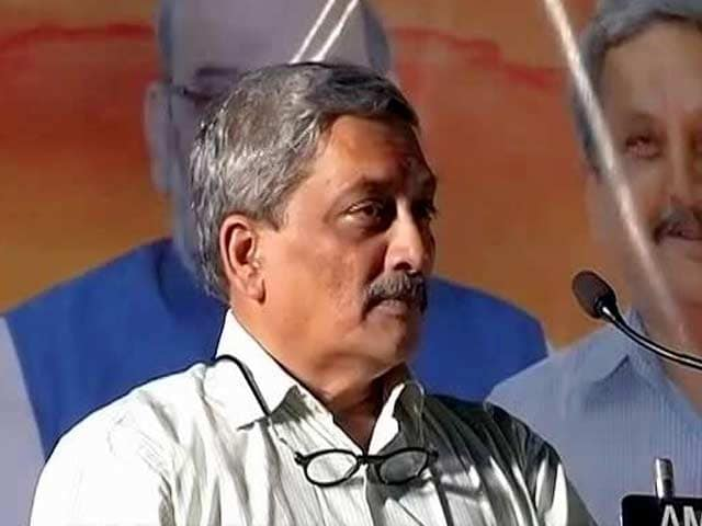 Video : Pakistan Approached Us To Stop Firing On Border: Defence Minister Manohar Parrikar