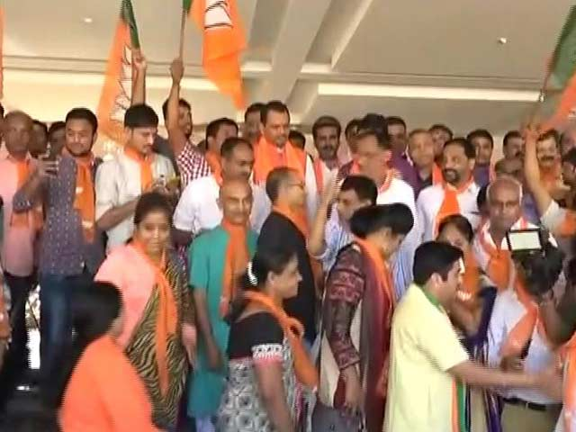 Video : Thumbs Up For Notes Ban? After Maharashtra, BJP Wins Gujarat