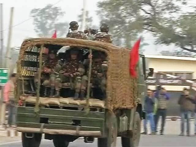 Videos : नगरोटा में आर्मी यूनिट पर आतंकी हमला, तलाशी अभियान जारी