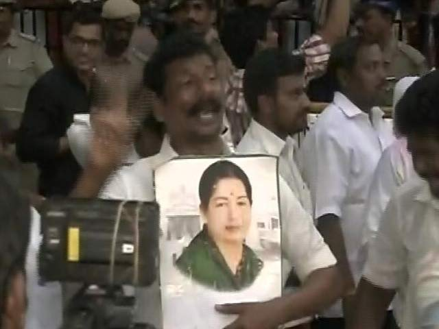 Video : Jayalalithaa Still On Life Support, Rumours Baseless And False, Says Hospital
