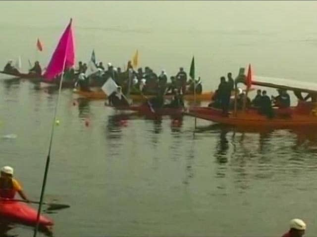 Video : Shikara Rally Sizzles As Srinagar Shivers At -4.5 Degrees