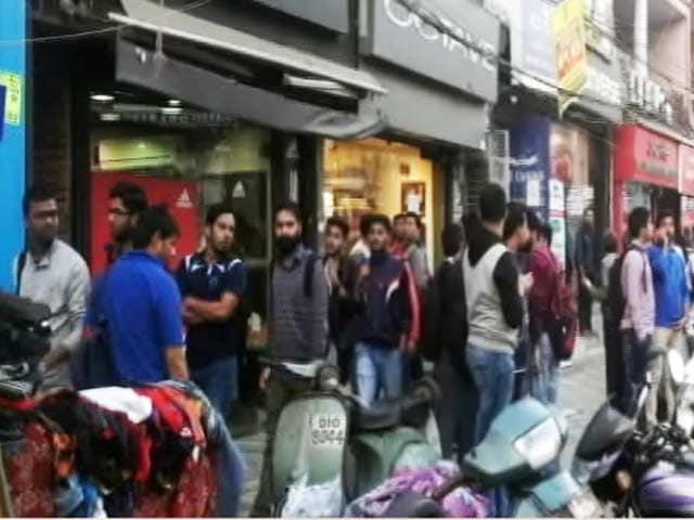 Videos : नोटबंदी के मारे, किरायेदार बेचारे