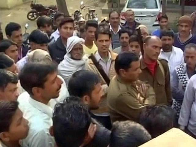Video : No Cash In 9 Days, Crowds In UP Town Protest Against Notes Ban