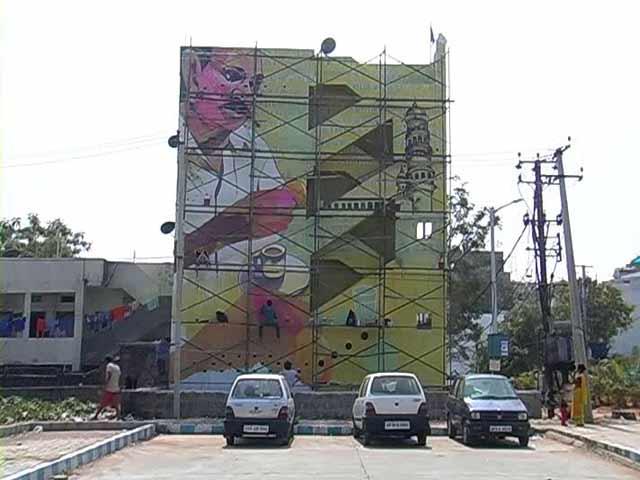 Video : Street Art Festival Lights Up Hyderabad
