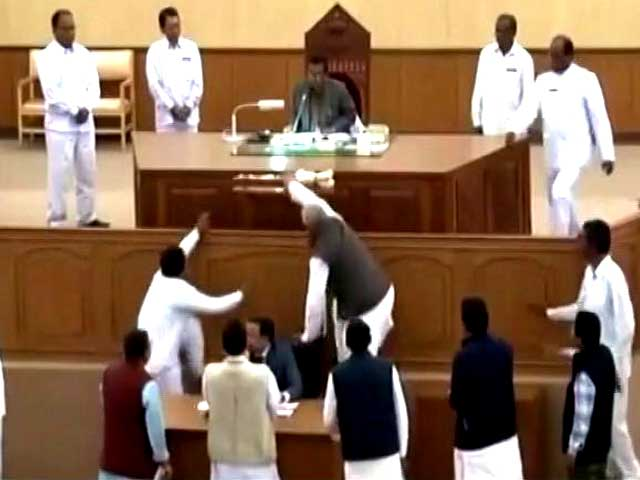 Video : Tripura Lawmaker Runs Away With Speaker's Mace, Chased By Marshal