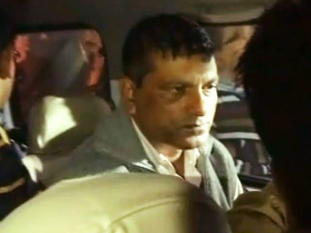 Videos : बंगाल : दार्जिलिंग में जेपी इंटरप्राइज़ेस के कई ठिकानों पर छापा