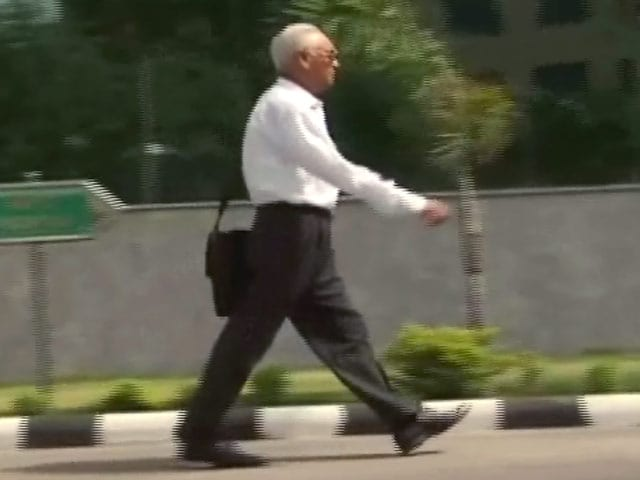 Videos : MoJo@7: अगुस्ता वेस्टलैंड घोटाले के आरोपी पूर्व वायु सेना प्रमुख एसपी त्यागी को जमानत