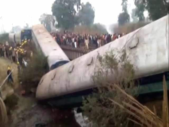 Video : Kanpur Train Accident: Over 40 Injured As Sealdah-Ajmer Express Derails