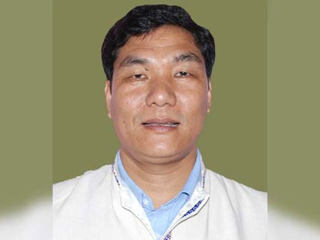 Video : Pema Khandu Suspended, Takam Pario May Be Arunachal Pradesh Chief Minister
