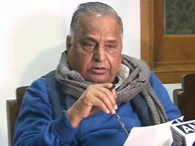 Videos : नेशनल रिपोर्टर : मुलायम ने अखिलेश को पार्टी से निकाला