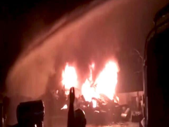 Video : अकोला की कैमिकल फैक्ट्री में लगी आग