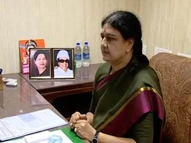 Video : Officially In Charge, Sasikala Says 'Will Be Exactly Like Amma'
