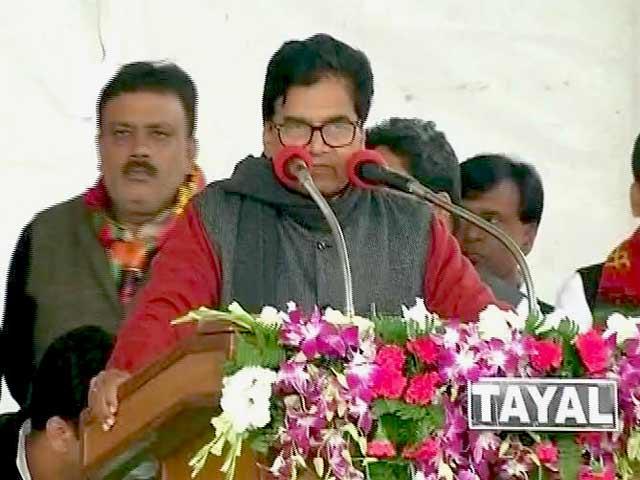 Videos : पार्टी कार्यकर्ताओं की मांग पर अधिवेशन बुलाया गया : रामगोपाल यादव