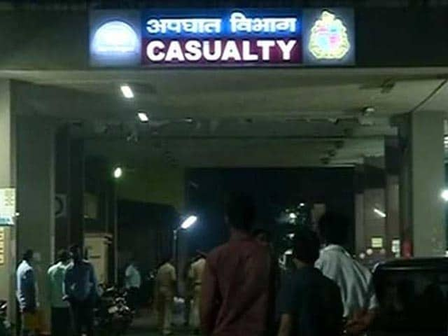 Video : Woman, 28, Stabbed While Waiting For Friend Near Race Course In Mumbai