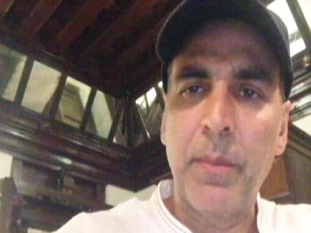 Video : बेंगलुरु में छेड़छाड़ की घटना पर फूटा अक्षय कुमार का गुस्सा