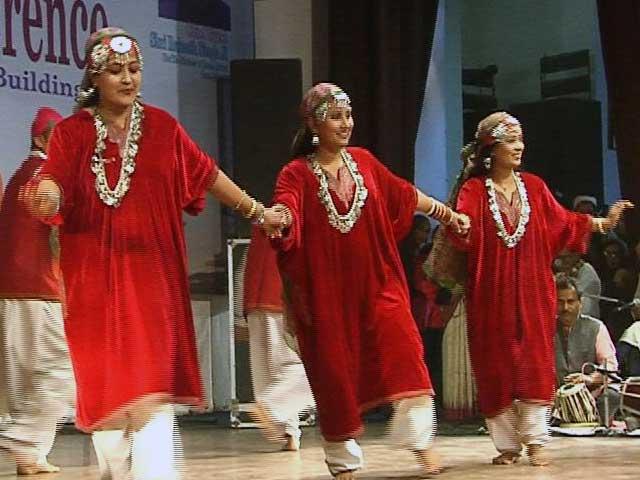 Videos : RSS ने बुलाया कश्मीरी नौजवानों का सम्मेलन