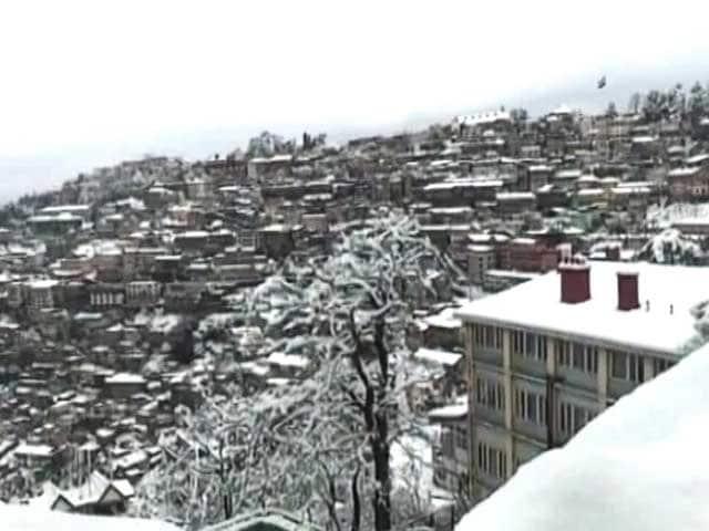 Videos : उत्तर भारत में गिरा पारा, कई जगह पर बर्फबारी