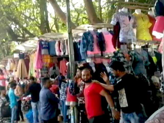 Videos : बांद्रा लिंकिंग सड़क बदलेगी, लेकिन स्थानीय दुकानदार और लोग विरोध में