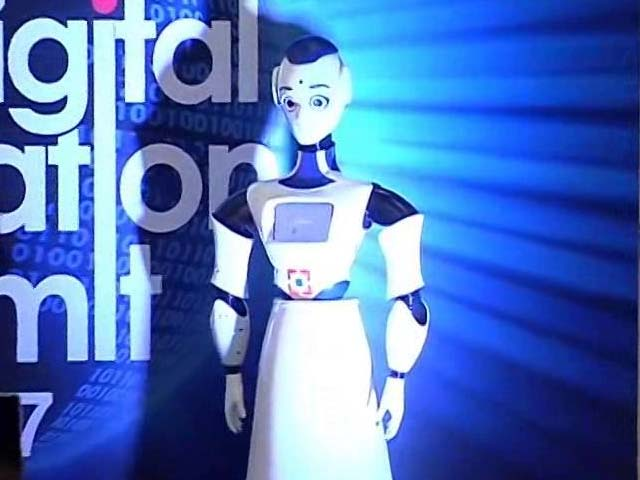 Video : Soon, Bank With A Robot At An HDFC Bank Branch