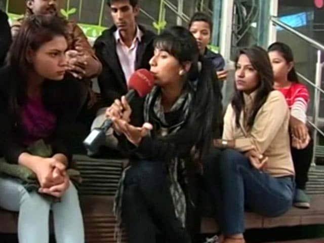 Video : Professional Courses: Hindi As A Medium?