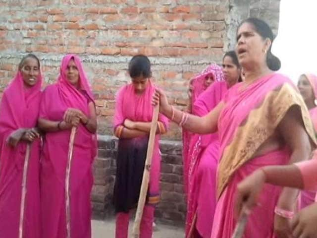 Video : <i>Gulabi Gang</i>, <i>Belan Army</i> And The Fight For Political Power