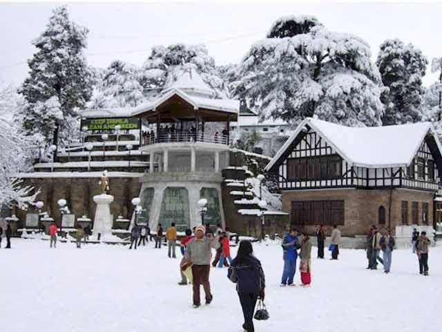 Videos : बर्फबारी की वजह से शिमला - कुफरी हाइवे बंद