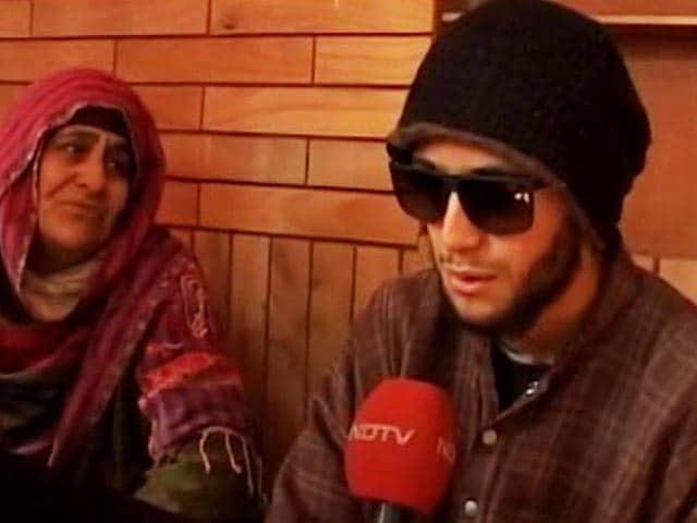 Video : Blinded By Pellets, Kashmir Teen Still Scores High In School Board Exams