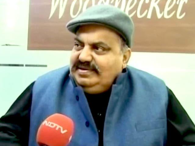 Videos : यूपी का महाभारत : मुलायम की लिस्ट में अतीक अहमद का नाम नहीं