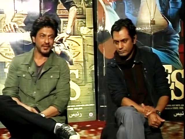 Video : I Wish <i>Kaabil</i> And <i>Raees</i> Both Do Well: Shah Rukh Khan