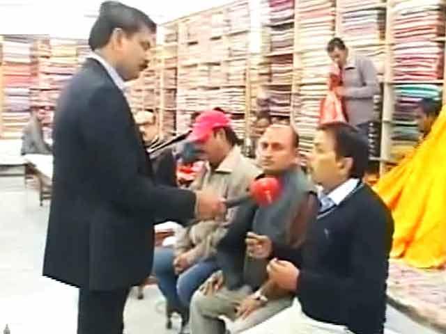 Video : यूपी का महाभारत : रेशमी धागे से बुना है बनारस का ताना बाना