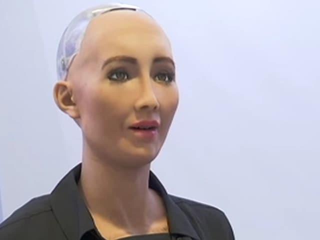 Video: Gadget Guru's Robot Revolution