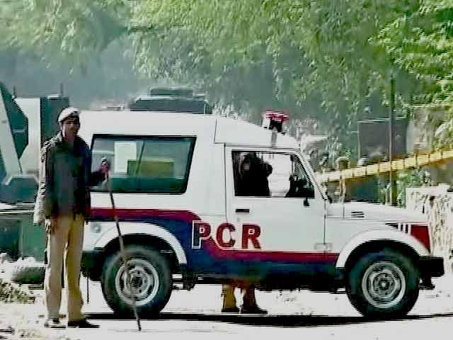 Video : दक्षिण दिल्ली के वसंत कुंज इलाके के पास पुराना मोर्टार बम बरामद हुआ