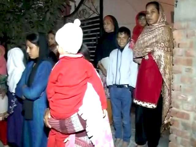 Video : दिल्ली-एनसीआर में महसूस किए गए भूकंप के तेज झटके, उत्तराखंड में था इसका केंद्र