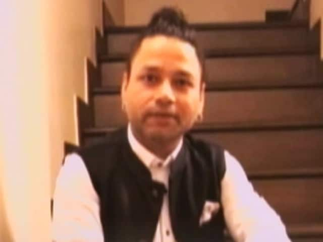 Video : Kailash Kher Supports 'Pledge Your Heart' Campaign