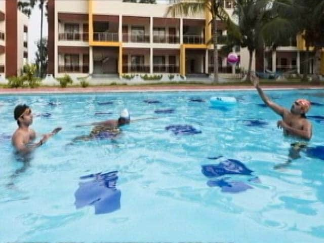 Video : Beach, Water-skis, Massage: NDTV Traces Luxury 'Jail' For AIADMK MLAs