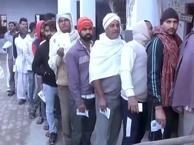 Videos : नोएडा विधानसभा सीट पर सबकी निगाहें, राजनाथ सिंह के बेटे पंकज सिंह उम्मीदवार