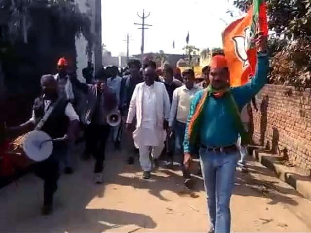 Videos : यूपी चुनावः ठाकुरद्वारा विधानसभा सीट पर छाया नोटबंदी का मुद्दा