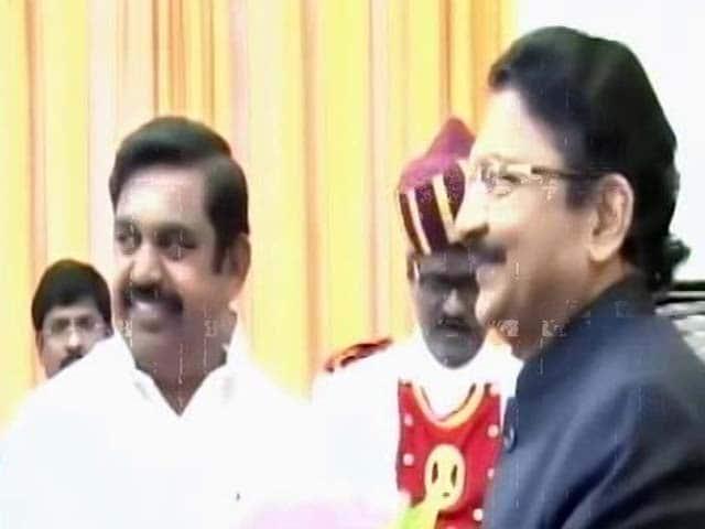 Video : Tamil Nadu Chief Minister Palaniswami, O Panneerselvam Meet Governor
