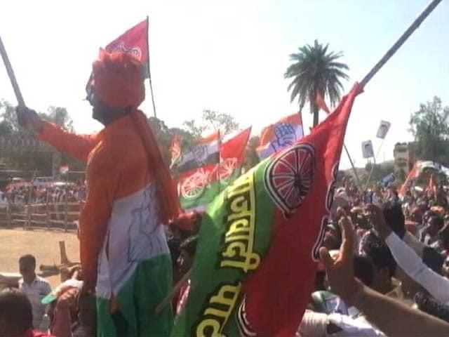 Videos : ग्राउंड रिपोर्ट : नेताओं को याद आई बुंदेलखंड की याद, वादों-इरादों को तौल रहे वोटर