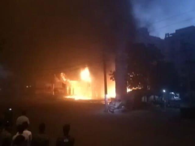 Video : इंडिया 8 बजे : कोटा के पेट्रोल पंप में लगी भीषण आग