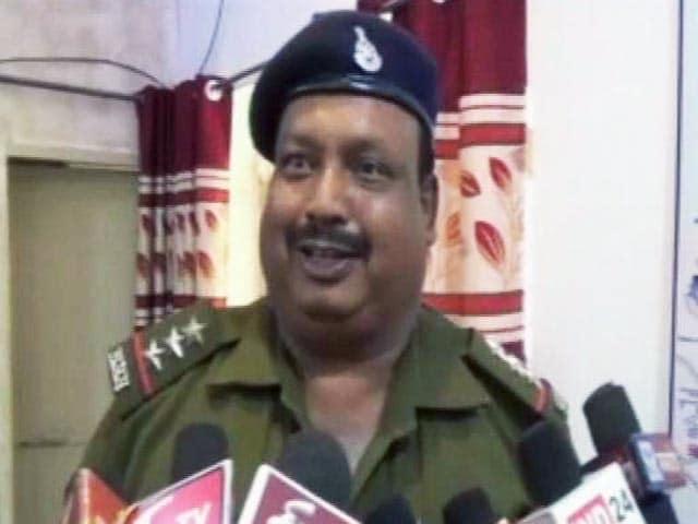 Videos : शोभा डे को इंस्पेक्टर दौलत सिंह जोगावत का भारी जवाब