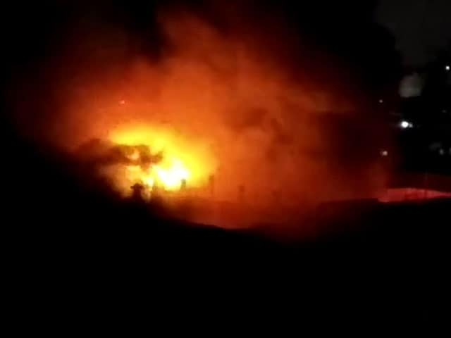 Video : Huge Fire Breaks Out In Burrabazar, Kolkata's Biggest Wholesale Market