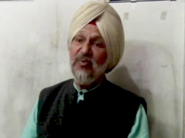 Videos : पोती गुरमेहर कौर के समर्थन में उतरे दादा कंवलजीत सिंह