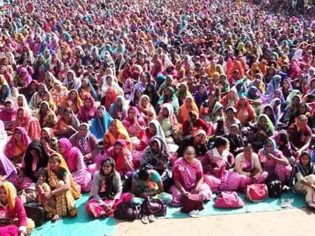 Video : गुजरात-आंगनबाड़ी कार्यकर्ता हड़ताल पर