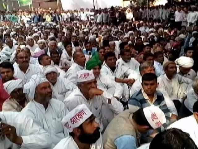 Videos : इंडिया 7 बजे : आरक्षण की मांग को लेकर जाटों की रास्ते बंद करने की चेतावनी