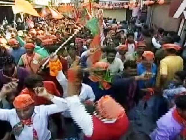 Video : UP Ka Mahabharat-छठे दौर के लिए पूर्वांचल में नेताओं ने झोंकी ताकत