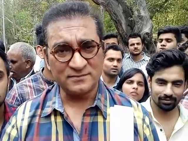 Videos : 'देशभक्ति' का दंगल, रामजस कॉलेज विवाद में गायक अभिजीत भी कूदे